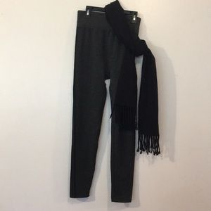 Gray/Black Leggings W/Black Scarf. Like NEW SzL/XL